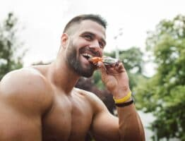 Comment intégrer intelligemment la barre protéinée à votre alimentation pour atteindre vos objectifs sportifs?