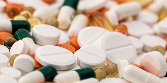 Comment fonctionnent les antibiotiques? Sur quoi agissent ils?