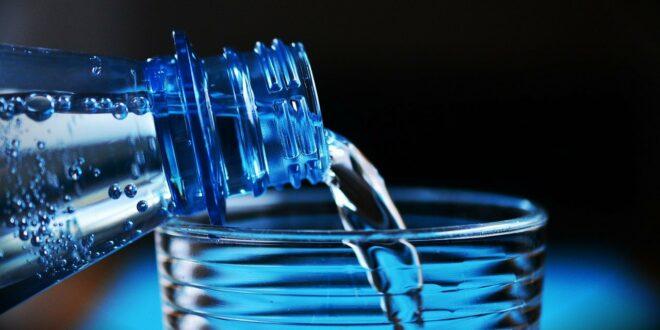 L'eau fait-elle grossir ?